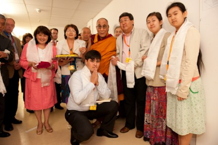His Holiness meets Kalmykia Premier and Vietnamese Buddhists