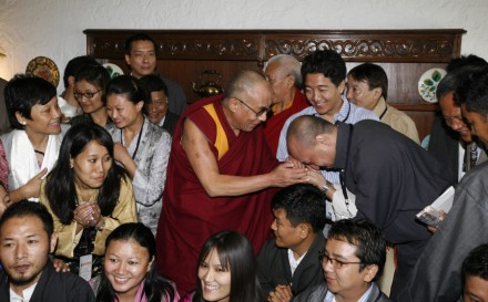 Members of the GPTN meet His Holiness the Dalai Lama photo: GPTN