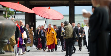 His Holiness the Dalai Lama arriving at the Zenkoji Temple in Nagano, Japan, on 19 June 2010/Photo by Tenzin Choejor/OHHDL