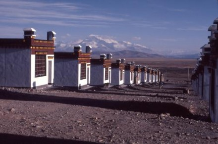 Nomad resettlement site in Darchen, Ngari prefecture, Tibet Autonomous Region. The majority of Tibetans live in rural areas, and for centuries many have sustained themselves through a nomadic herder lifestyle, uniquely adapted to the harsh conditions and fragile ecosystem of the Tibetan plateau/Photo:ICT