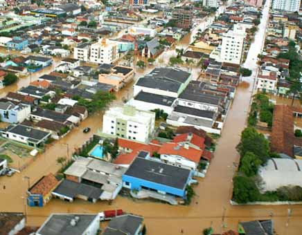 An aerial view of a neighborhood in Santa Catarina shows the flooding that has ravaged the