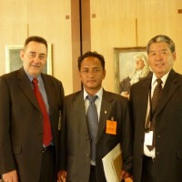 From left: Mr Paul Brauke, President of Australia Tibet Council, Mr Tenzin Norbu, head of the CTA's